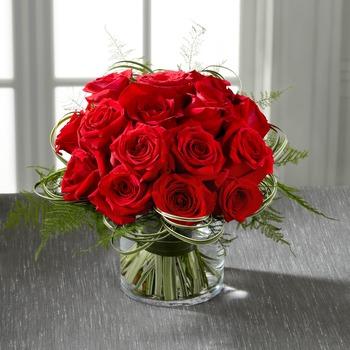 El Ramo de FTD® Abundantes Rosas™