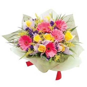Ramo de flores frescas (florero no incluido)
